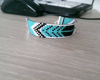 Feather blue miyuki beads weaved bracelet