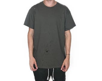 The Distressed T-Shirt - Olive Green / With an oversized vintage feel, summer essential piece for men and women / Relaxed Fit With Distress