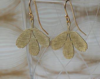 beautiful floral earrings handmade Bridal jewelry bridal earrings bridesmaid earrings