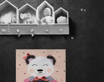 Child/baby, little bear room table.