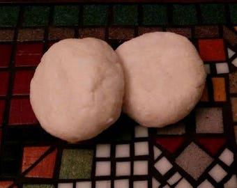 Shampoo Biscuit