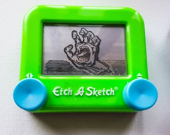 Screaming hand Etch a sketch