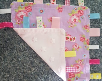 Baby taggie blankets