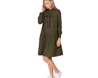 Green dress with ribbon