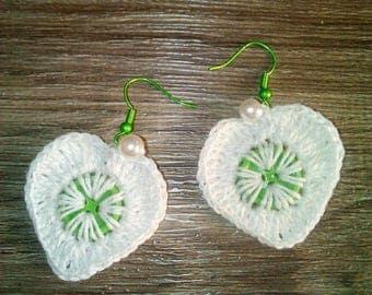 handmade earrings #handmade jewelry #white earrings #earrings with buttons #green buttons
