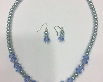 "18"" Blue crystal Pearls with crystal spacers and earrings"