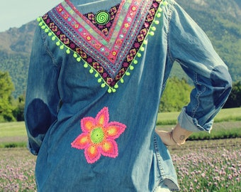 Jeans shirt neon with painted crochet blanket