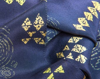 SILK SCARF NEWGRANGE (Navy/Multi Coloured)