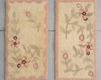 Hand hooked rug samplers. Pair of vintage floral hand hooked primitive dresser mats. Rug wall hanging.