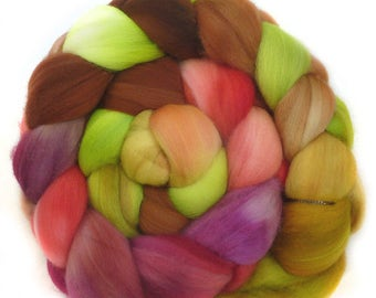 SUPERWASH SUPERFINE MERINO roving top handdyed wool spinning fiber 3.5 oz