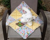 Reserved for Horsepower,  Yellow Cat Blanket, Cat Bed, Cat Bedding, Fabric Cat Blanket, Washable Cat Bed, Crate Blanket