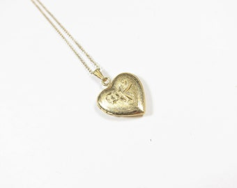 Vintage Small Heart Locket Heart Shaped 15 mm Gold Filled Chain Hinged Valentines Day Gift