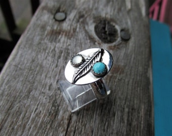 Native American Jewelry Feather ring Turquoise and Mother of Pearl