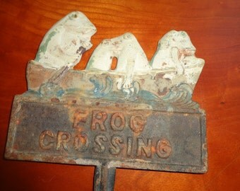 A wonderful old Iron Frog Crossing Collectible Sign Lawn Ornament
