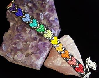 Rainbow hearts bead-woven bracelet