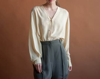 pale yellow silk oversized blouse / button down v neck shirt / minimalist simple top / s / m / l / 2203t / B18