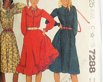 1980s Vintage Sewing Pattern McCalls 7288 Misses Dress Pattern Size 8 Bust 31 1/2