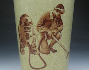 Mustache cup- R2 Vacuum