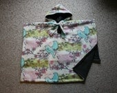 SALE Carseat Poncho Car Seat hoodie Pancho cape Girls Pretty Birds RTS