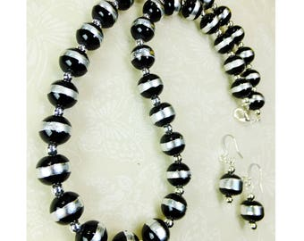 Set Necklace and Dangle Earrings In Black Glass Beads with Silver Bands