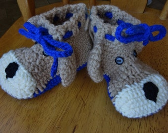 Crochet Brown Bear Toddler size , boys, slippers (7-8),blue soles measures 5.5 inches