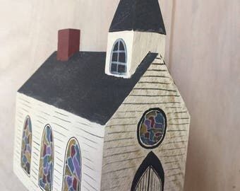 Little Wood Church Vintage wooden Miniature Church tiny house