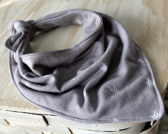 Baby Bib - Scarf Bandana Bib - Bibdana - Drool Bib - Scarf Bib - Baby Shower Gift - Southwest - Adjustable - Gray Arrow - Jersey Knit