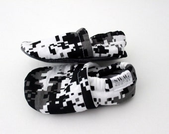 Camouflage Baby Shoes Soft Sole Shoes Booties Slippers newborn Girl Boy Black and White Digital Camo Grey Gray Non Slip SWAG baby shower