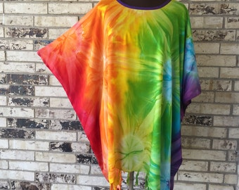 Plus Size Lightweight Rainbow TieDye Tunic