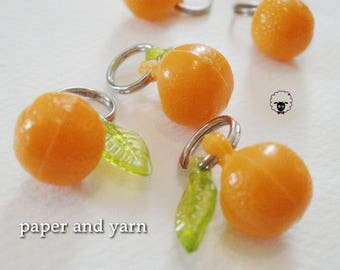Orange Fruit Charm Stitch Markers handmade by paper and yarn, knitting stitch markers, kawaii, set fits up to size US 8 or 5 mm knit needles