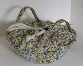 Casserole Carrier , Round or Square Dish , Cream Tiles, Food Carrier , Insulated , Hot or Cold Foods , Bridal Gift