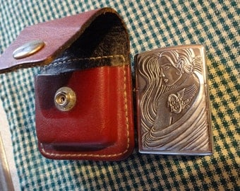 Free Ship, Zippo Lighter, HARLEY DAVIDSON, leather belt case. NEVER Used, Sparks/works, Excellent Condition. usa made