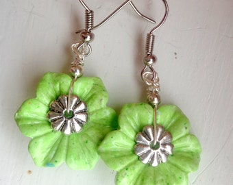 Flower  Earrings, Green Flower earrings, Green Earrings, Jasper Earrings, Stone Jewelry