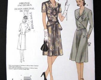VOGUE pattern V2876  Vogue Vintage Original 1943 design reissued 2005 Misses Dress 18 to 22 unused uncut pattern like new