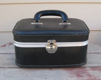Vintage Black Train Case Overnight Case Cosmetic Case