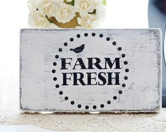 Farm Fresh Wood Shabby Country  Chic Sign ~ Shabby Cottage Vintage Chic  ~ Farm House Chic Sign ~ Distressed