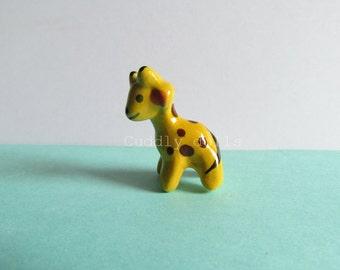Tiny GIRAFFE Little Animal Small Miniatures Ceramic Animal Figurine Statue Wild Animal Mini Zoo Dollhouse Giraffe porcelain Giraffe figuirne