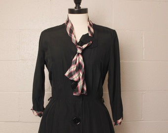 Vintage 1950's Black Rayon Dress Pink Yellow Plaid Necktie 28 W