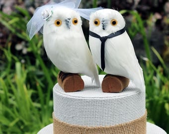 Snowy Owl Wedding Cake Topper: Bride & Groom Snowy Owl Cake Topper for a Harry Potter Wedding