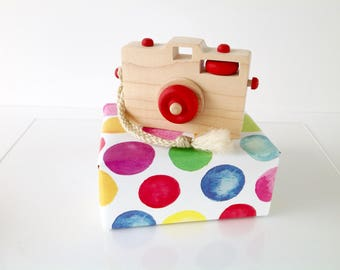 Wooden Toy Camera, Wood Camera, Toddler Toy, Handmade Toy, Baby Gift, Camera Prop, Red