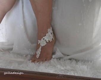 Beach wedding  barefoot sandals, ivory Bellydance, Beach Pool, bridesmaid gift, beaded lace Beach sandals, Brautsandalen, Sandales de mariée