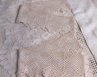 2 Edwardian CROCHET LACE BANDS Antique Ivory Zig Zag & Diamond Design Scalloped Edge Pillowcases Curtain Gown Cape Lingerie Lampshade 4 x 46