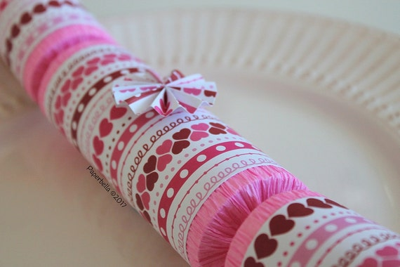 Fill Your Own Party Crackers Valentine Hearts Doodles, Party Popper, with a Paper Rosette