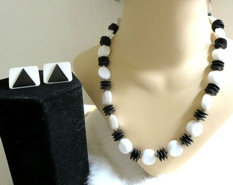 Black & White Lucite Necklace and Earrings Set with Molded Vintage Beads and Discs