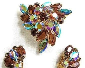 Vintage Verified JULIANA Amber Rhinestones and Topaz and Blue Aurora Borealis Rhinestones Domed Brooch & Earrings Demi Parure Set