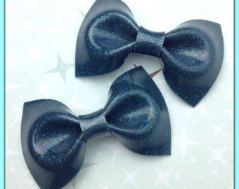 PinUp Bow Rockabilly Bow Blue Lagoon Glitter Vinyl Hair Bow Small Pinup Bow Glitter Bow vinyl bow Rockabilly Wedding Sparkle Vinyl Psychobil