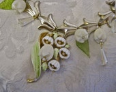 Wedding Belle: Lily of the Valley Choker Necklace Vintage Assemblage 50s Kramer Brooch Ivory Cream Celluloid Flowers Mid Century Shabby Chic