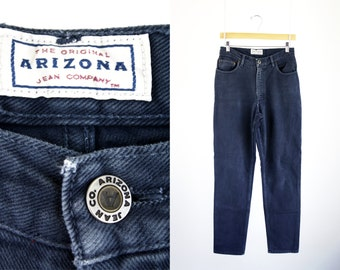 Arizona Jeans 90's Vintage High Waist Relaxed Fit Tapered Leg Woman's Saphire Blue Sexy Mom Jean