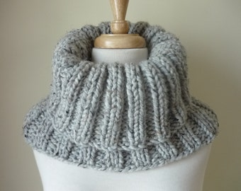 Knit Cowl, Chunky Ribbed Pattern Cowl, Infinity Scarf, Soft Warm Neck Warmer, Textured Cowl in Grey Marble - Ready to Ship