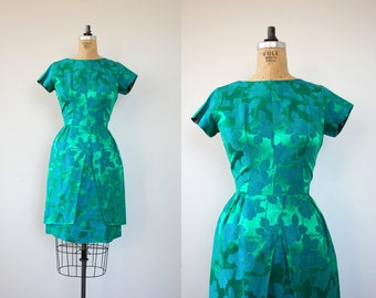vintage late 1950s dress / 50s party drew / 1960s emerald green blue dress / brocade floral part dress / 50s holiday dress / M L 29 in waist